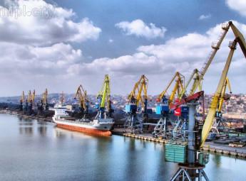 Перевірки ФСБ українських суден - це блокада азовських портів, крок до розширення економічної війни