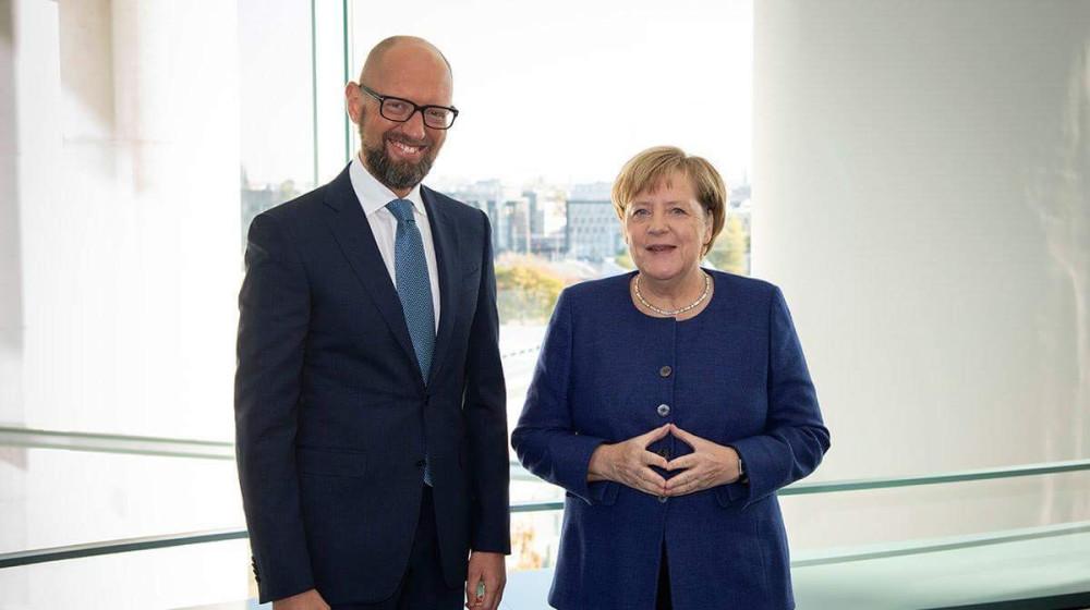 Арсеній Яценюк після зустрічі з Ангелою Меркель: Україна на порядку денному персонально Канцлера Німеччини