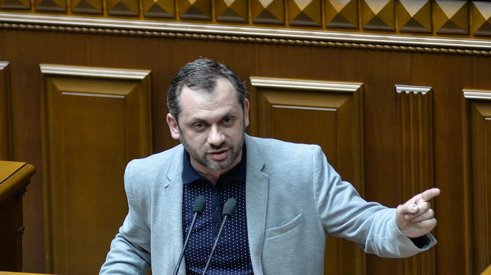 Андрій Левус: Президентська критика СБУ співзвучна з тим, що лунає з боку Кремля