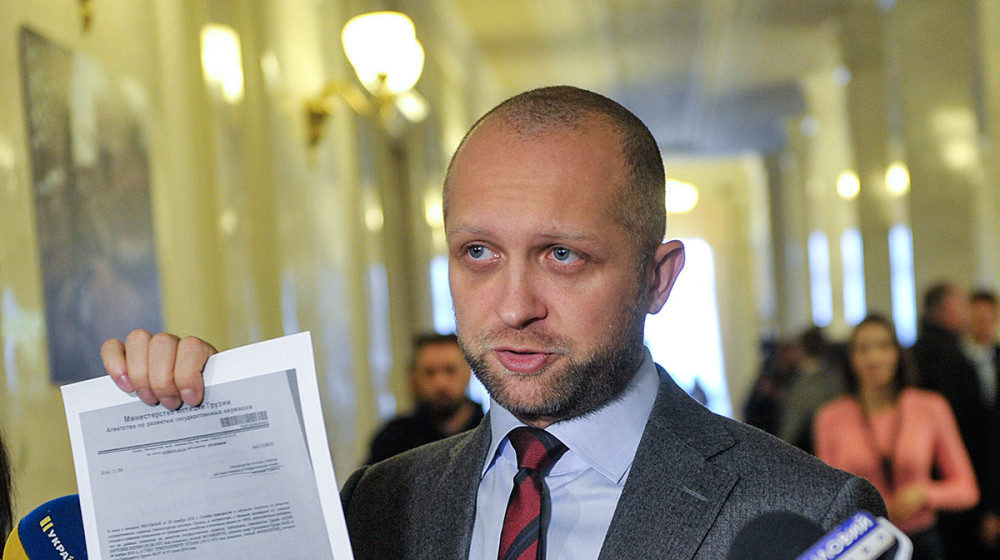 Людина Саакашвілі незаконно працює в НАБУ і має активи вартістю 15 мільйонів доларів, - Максим Поляков (відео)