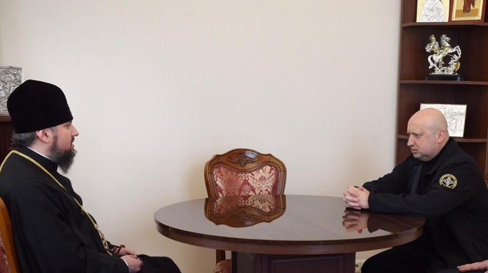 Олександр Турчинов провів зустріч з Блаженнішим Митрополитом Київським і всієї України Епіфанієм