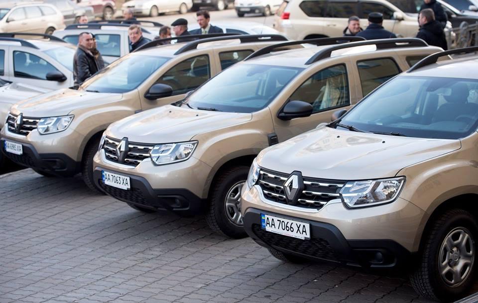 Остап Семерак: Мінприроди передало 20 автомобілів національним природним паркам (2 на Херсонщину)