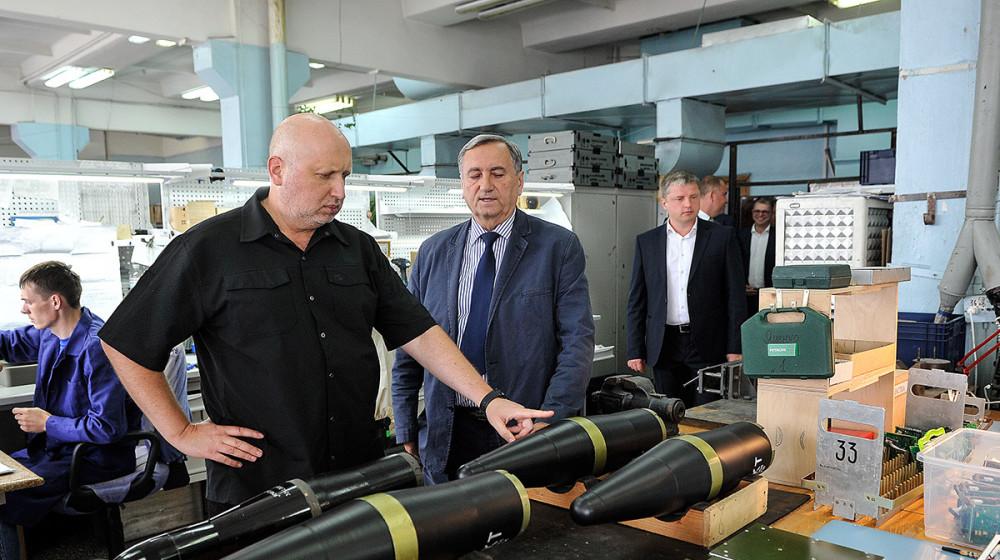Олександр Турчинов: Ракети КБ «Луч» здатні точно і надійно знищувати ворога (фото)