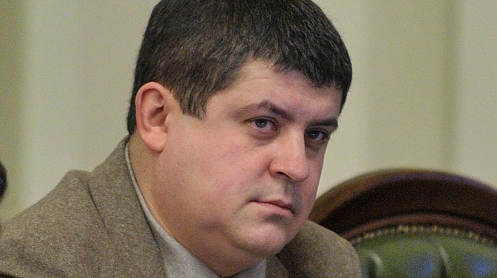 Роботу парламенту у новому році треба почати з прийняття закону про реінтеграцію Донбасу