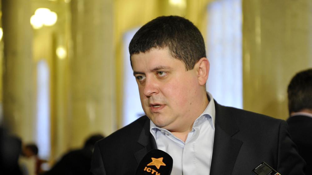 Максим Бурбак: Чернівчанам слід переобрати депутатів міськради, які покривають свавілля компанії «Чернівцігаз»