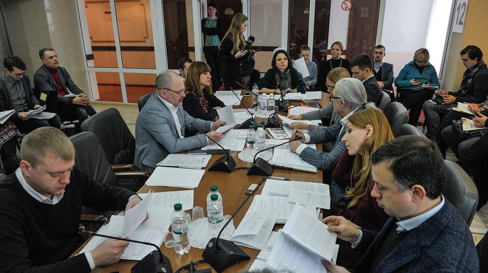"""Комітет інформполітики підтримав законопроекти щодо захисту українського книгодрукування та боротьби з піратством   Політична партія """"Народний фронт"""""""