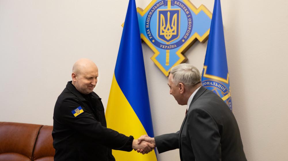 """Олександр Турчинов: Співпраця з компанією """"Boeing"""", значно зміцнить потенціал військово-повітряних сил нашої держави"""