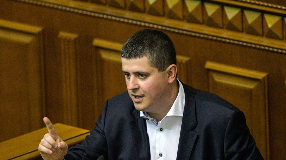 Максим Бурбак звернувся до Уряду з проханням вберегти село Ломачинці на Буковині від сепаратизму