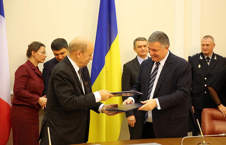 Україна та Франція розпочали великий вертолітний проект (фоторепортаж)