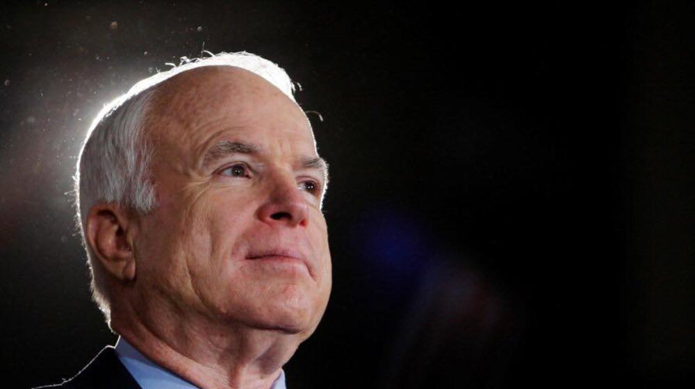 Такі герої як сенатор Маккейн живуть вічно