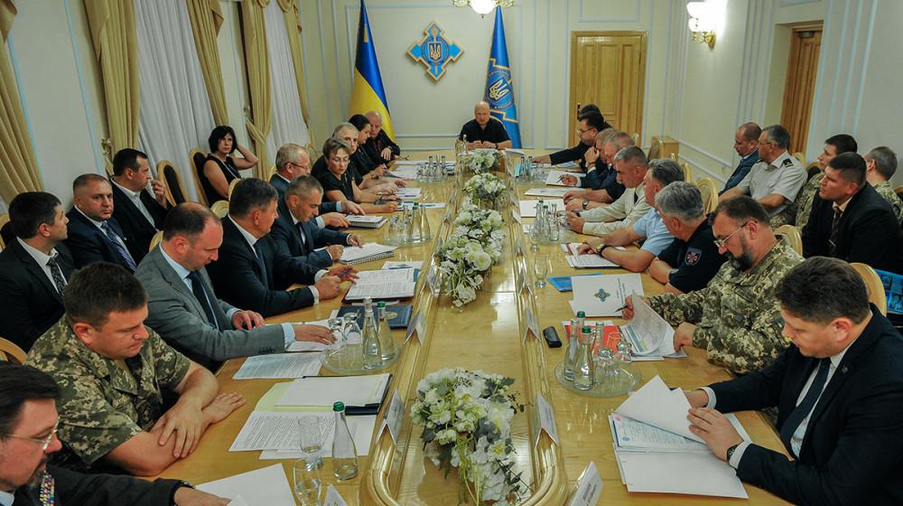 Олександр Турчинов: Підвищення грошового забезпечення військових - важливий пріоритет оборонного бюджету на 2019 рік