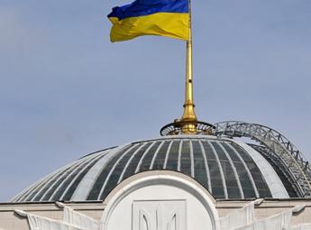 Арсеній Яценюк виступає за зменшення кількості нардепів до 300: Рада має бути ефективною і впливовою